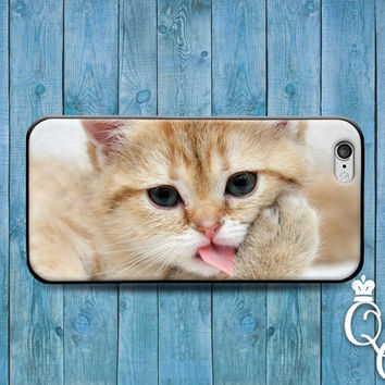 iPhone 4 4s 5 5s 5c 6 6s plus + iPod Touch 4th 5th 6th Generation Cover Case Adorable Kitten Kitty Cat Paw Lick Cute Funny Fun Animal Baby