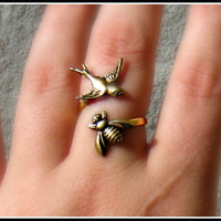 the birds and the bees ring bird ring bee ring by alapopjewelry
