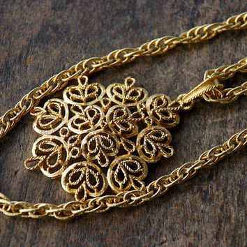 Vintage CROWN TRIFARI Pendant Necklace Double Strand Rope Chain Large Filigree Medallion Pendant 1970's // Vintage Designer Costume Jewelry