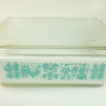 Vintage Pyrex Refrigerator Dish in by LilytheDogVintage on Etsy