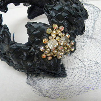 Vintage straw bandeau lady's hat with large aurora borealis clip  and veil