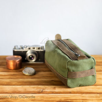 Toiletry bag dopp kit canvas dopp bag leather dopp kit shaving kit bag shaving bag men's shaving kit handmade dopp kit military green