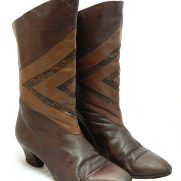 Vintage 1980s 'Jean Thiot' brown leather boots with front appliqué  / Made in Italy / Size 40 1/2