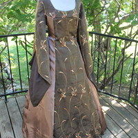 """Bust 44"""" Igraine of the Forest  Tudor Dress Renaissance Game of Thrones Gown Medieval"""