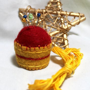 Apple Basket Miniature Bottlecap Pincushion Wool Felted