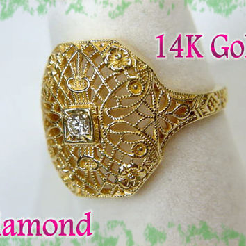 14K Gold ~ Victorian Lace Diamond Filigree Ring - Estate Treasure - Art Nouveau