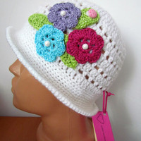Crochet Hat for girls, Girls Hat, With a Brim Hat Flowers, Spring Hat, Brim Hat, Girls winter hat . Hat for autumn