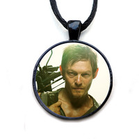 The Walking Dead Pendant Necklace - Daryl Dixon Necklace, crossbow, Daryl, zombie apocolypse