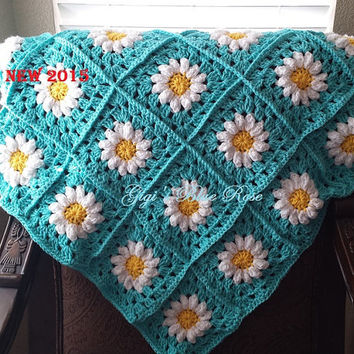 Daisy Granny Square Baby Blanket/Crochet Baby Blanket/Baby Shower Gift/Ready to Ship