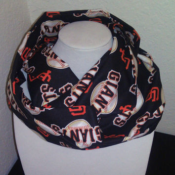 San Francisco Giants Infinity Scarf - Lightweight Cotton - Black Loop