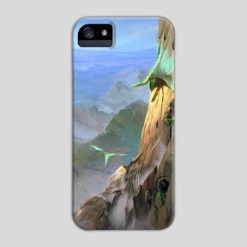 Dragon's Lair, a phone case by Maximilian Degen