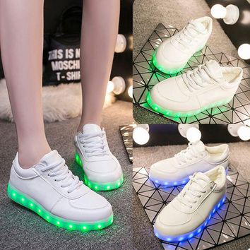 DCCKBA7 New Fashion Hot Selling Emitting Luminous Casual star Shoe Men Women Couple LED Sneakers USB Charging Lights shoes