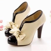 Cute bow cream and black heel shoes - FREE SHIPPING