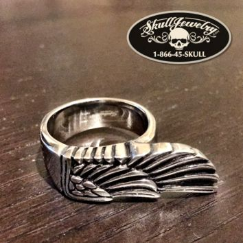 Egyptian Wing Stainless Steel Ring (360)