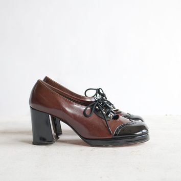 Vintage 70s Platform Oxfords / Corset Lace Up by GingerRootVintage