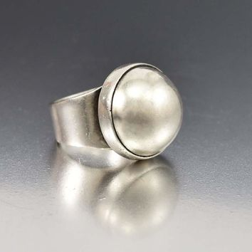 Chic Modernist Heavy Silver Dome Ring
