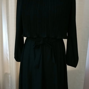 Vintage Cathy Sue Dress 1970/80s Little Black Work or Play Dress Size 6