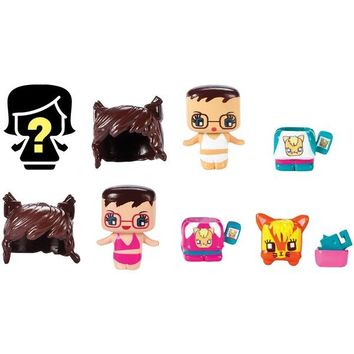 Mattel(R) DVV04 My Mini MixieQ's(TM) 4-Pack with Cat Lover, Cat Lover Twin, Kitty & Mystery Figure