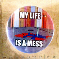 "My Life is a Mess (80s Spiderman) meme - 1.75""  Retro Badge / Pinback Button"
