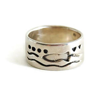 Men's Sterling Silver Band Ring Ocean Motif, Wedding Band, Wide band Ring Mens Jewelry, Sterling Silver Ring, Beach Wedding Ocean Lover Gift