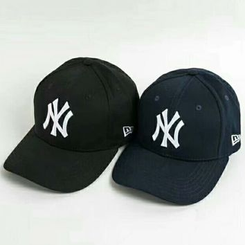 NY 2018 latest trend of men and women embroidered baseball cap cap F-CR-CP-WM-YD black