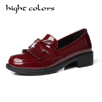 Bowknot Tassel Design Loafers Women Retro Round Toe Patent Leather Slip-on Women Oxford Shoes Causal Ladies Flats Working Shoes