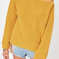 Missguided - Yellow Off Shoulder Knitted Jumper