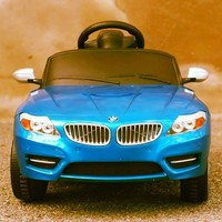 BMW Z4 Kids 6v Electric Ride On - $260