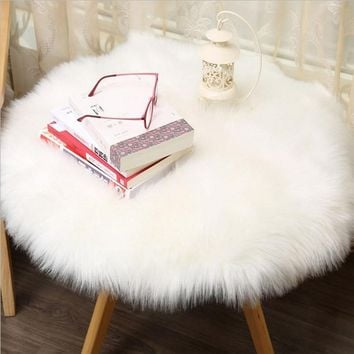 1 pc Soft Artificial Sheepskin Rug Chair Cover Artificial Wool Warm Hairy Carpet Seat Pad Modern Style Home Decoration Q4