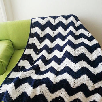 "42"" x 60"" Geometric Blue White zig-zag chevron blanket, Granny Square , afghan, hand crocheted, lap blanket,multicolor stripes, honeymoon"