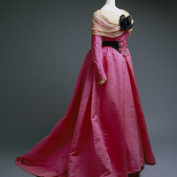 Charles Frederick Worth: Evening dress (1994.462a,b) | Heilbrunn Timeline of Art History | The Metropolitan Museum of Art
