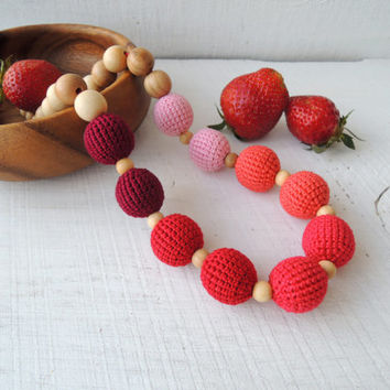 Nursing necklace Teething necklace Breastfeeding necklace Teether toy new baby Wooden beads jewelry Ecofriendly teething Gift ideas new mom