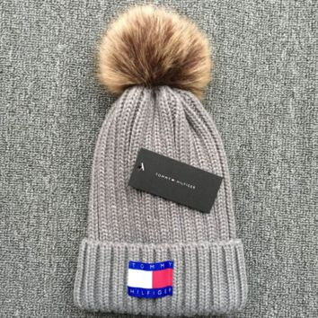 Tommy hilfiger 2018 new thickened knit hat Gray