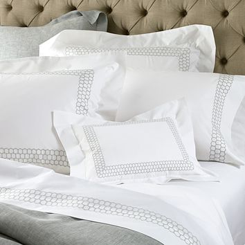 Liana Bedding by Matouk