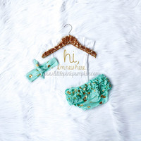 Baby Girl Coming Home Outfit, Hi I'm New Here, Newborn Girl, Optional Bloomers Headband Set, Mint, Gold, Baby Shower Gift, New Baby Gift