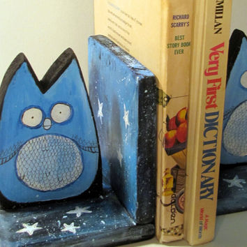 Owl Bookends, Whimsical Woodland Childrens Decor, Book Ends, Wooden Animals