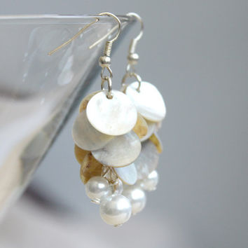 White Mother of Pearl // beaded dangle earrings silver, white with pearls - handmade boho jewelry - bright sommer earrings