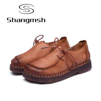 Shangmsh Fashion Brand Flat Shoes Genuine Leather Retro Handmade Casual Shoes Women Soild Lace-up Loafers Moccasin Large Size