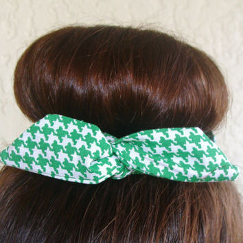 "St Patricks DayWire Bun Wrap, Top Knot Wire Wrap Green Houndstooth ""Mini"" Dolly Bow Wire Headband Ponytail Hair tie Hair Bun Tie Wrap"