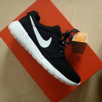 Nike Roshe Run Sport Casual Unisex Galaxy Sneakers Couple Runnin 4dbb6d859