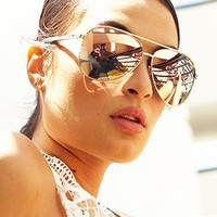 Quay Eyeware Vivienne Sunglasses in Rose Gold