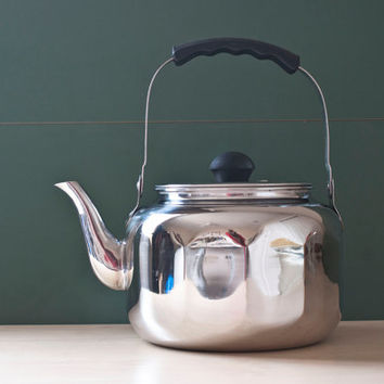 Vintage Paneled Farberware Chrome Tea Kettle, Teapot #7020