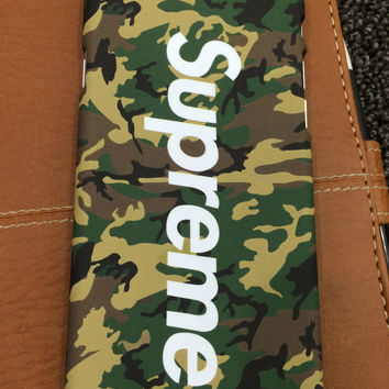 Supreme Camouflage Printed Hardcase For Iphone