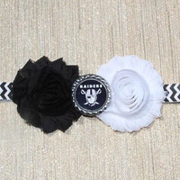 NFL Oakland Raiders inspired headband- perfect for football season! Oakland Raiders Baby Headband