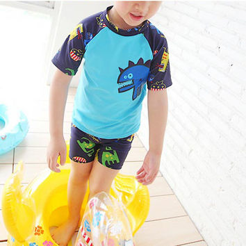 Little Dinosaur Swimwear Boy 3Pieces Swimsuit with Swimming Cap Blue Green Bathing Suit for Kids Short Sleeve Swimming Suit xq01