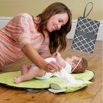 Portable Baby Changing Pad Diapers Pad Waterproof Changing Mat Sheet Travel Table Changing Station Kit Diaper Clutch Care mats