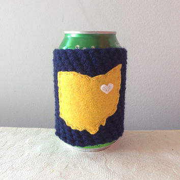 Kent State University | Kent State, Ohio Crochet Beer Cozy, Coffee Cup Cozy, Bottle Cozy by Maroozi