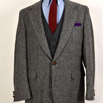 Neau Urban | Men's Vintage Gray Herringbone Tweed Jacket | Sports Coat by Saxony Hall | 42L