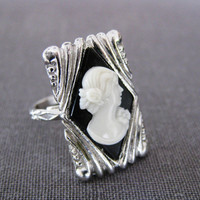black white cameo. cocktail ring. BRIDESMAIDS.