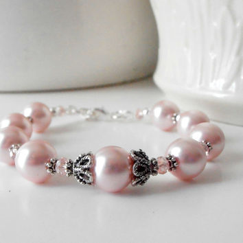 Bridesmaid Jewelry Pink Pearl Bracelet Vintage Style Antiqued Silver Pearl and Crystal Bridal Party Jewelry Bridesmaid Gift